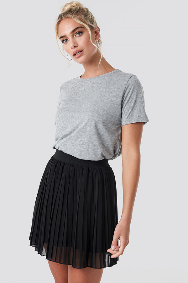 NA-KD Mini Pleated Skirt svart