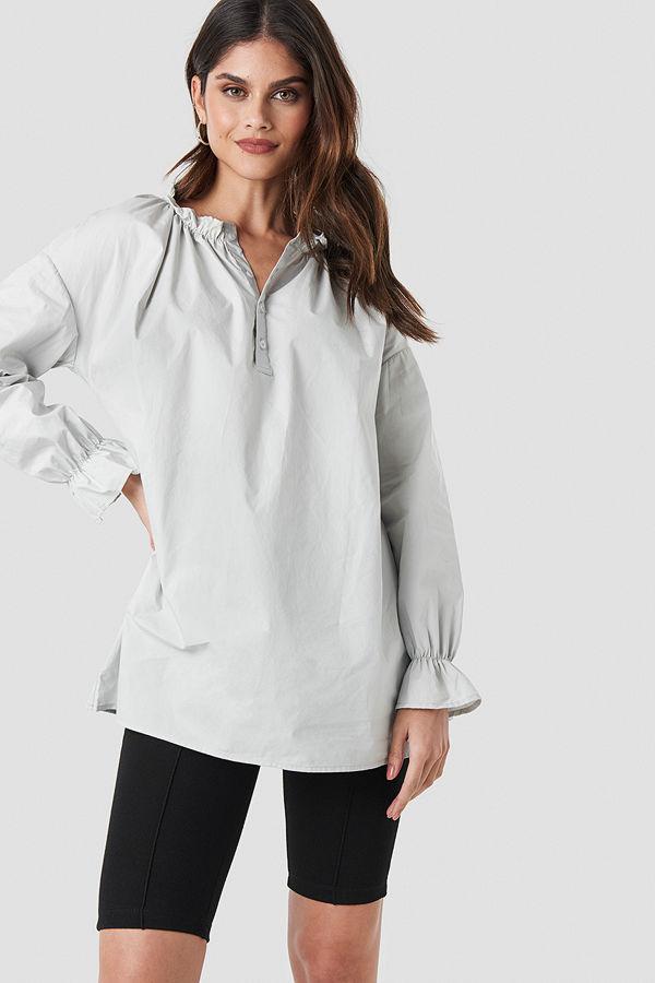 NA-KD Trend Gathered Neckline Tunic grå