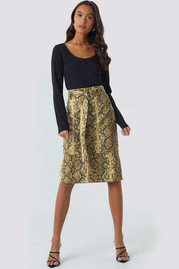 NA-KD Trend Snake Printed Belted PU Skirt multicolor