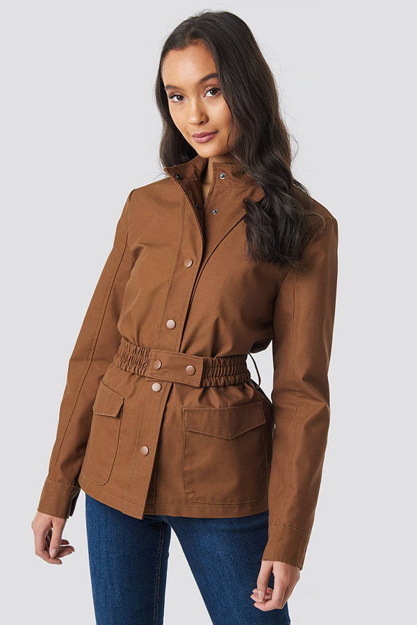 NA-KD Trend Coated Belted Jacket brun