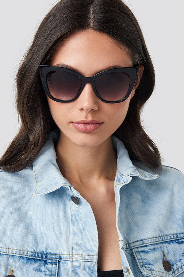 NA-KD Accessories Top Edge Cateye Sunglasses svart