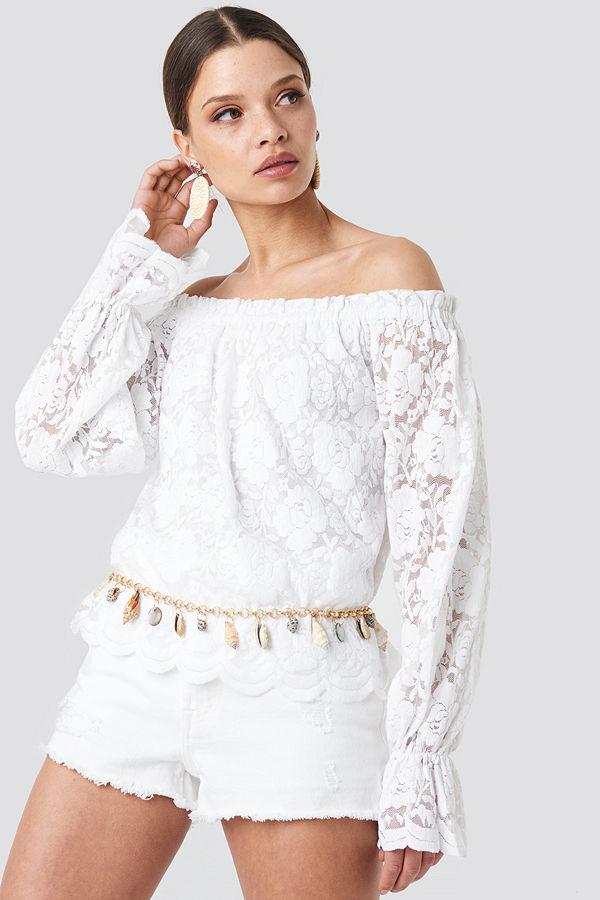 NA-KD Boho Wide Cuff Off Shoulder Lace Top vit