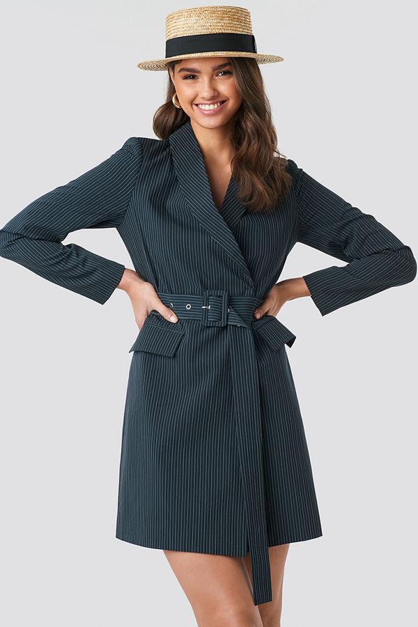 NA-KD Classic Pinstriped Belted Blazer Dress blå