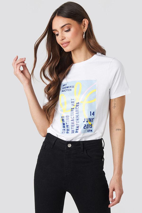 NA-KD Trend Exhibition T-shirt vit