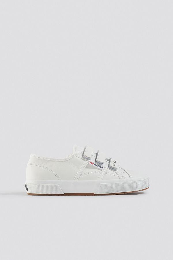 Superga x NA-KD Velcro Sneaker vit