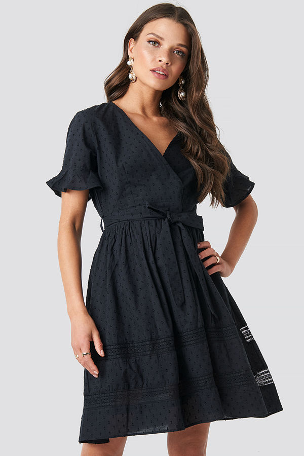 NA-KD Boho Lace Insert Cotton Mini Dress svart