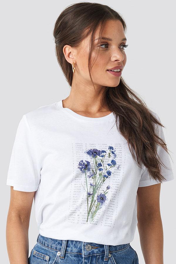 NA-KD Trend Purple Flower Printed Tee vit