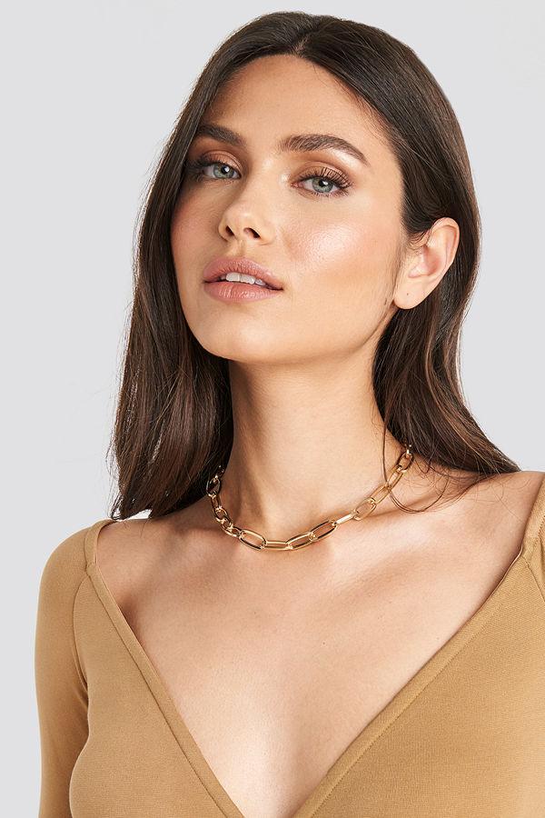 NA-KD Accessories smycke Short Slim Chain Necklace guld