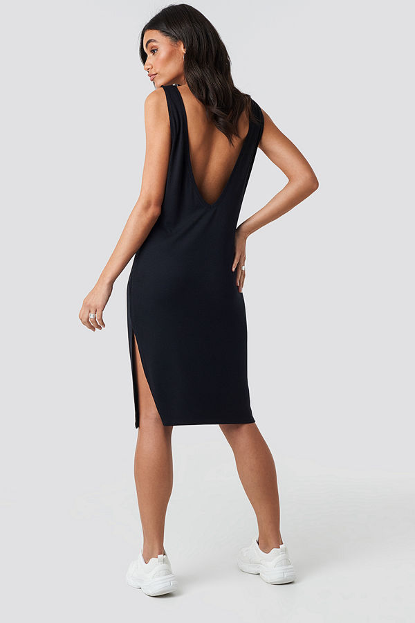 Hoss x NA-KD Deep V Back Relaxed Dress svart