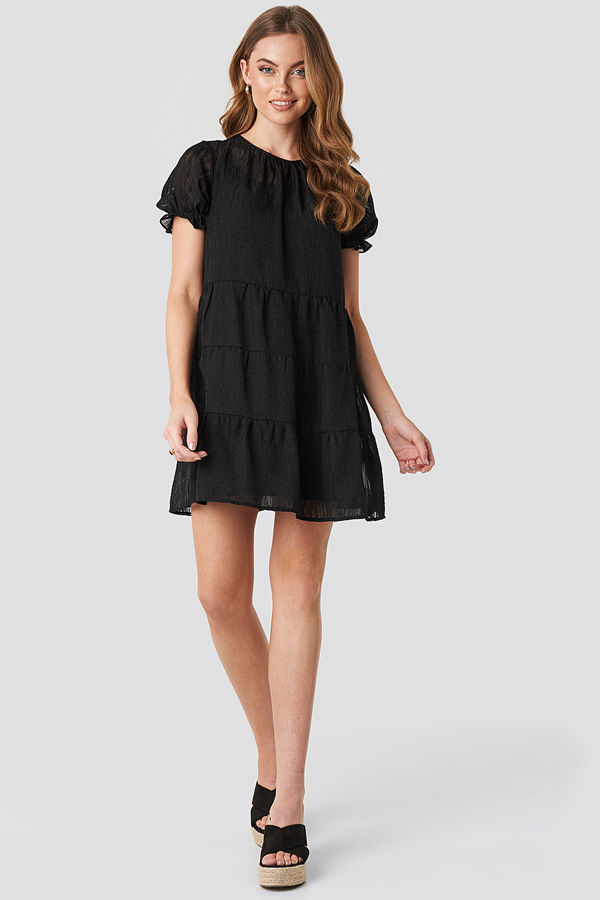 NA-KD Boho Round Neck Dobby Mini Dress svart