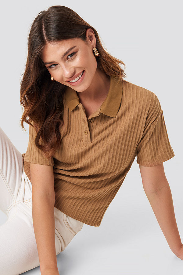 NA-KD Trend Ribbed Short Sleeve Sweater brun