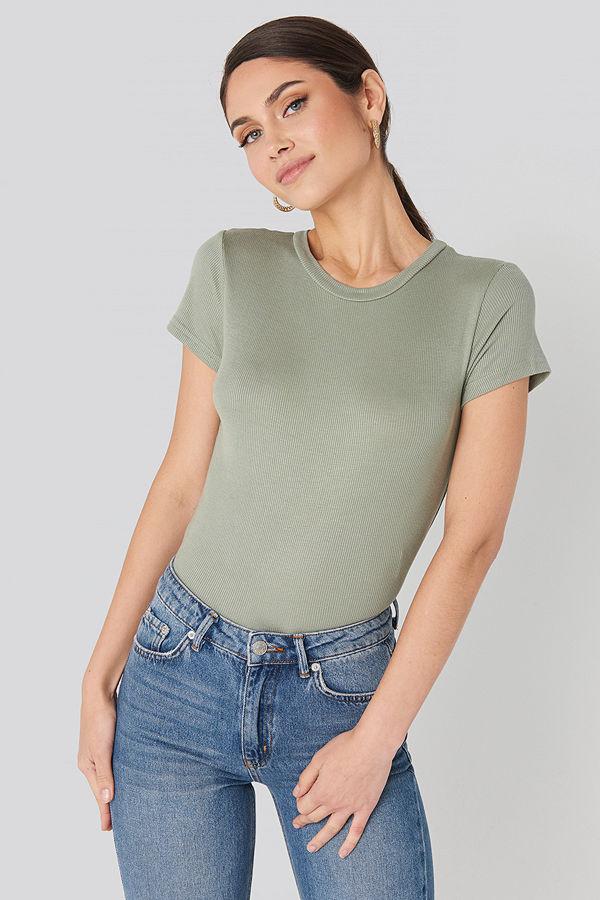 Trendyol Carmen Tee grön