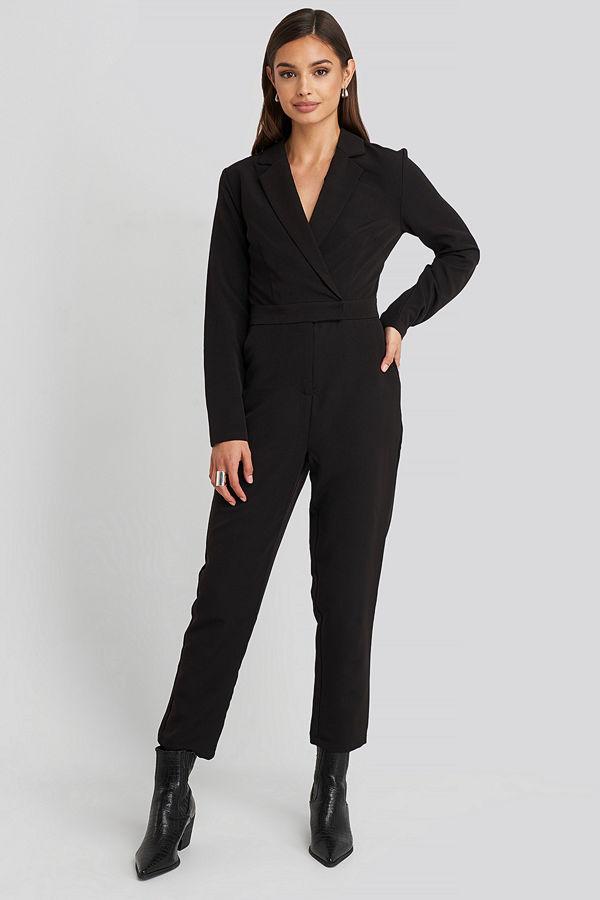 NA-KD Overlap Collared Long Sleeve Jumpsuit svart