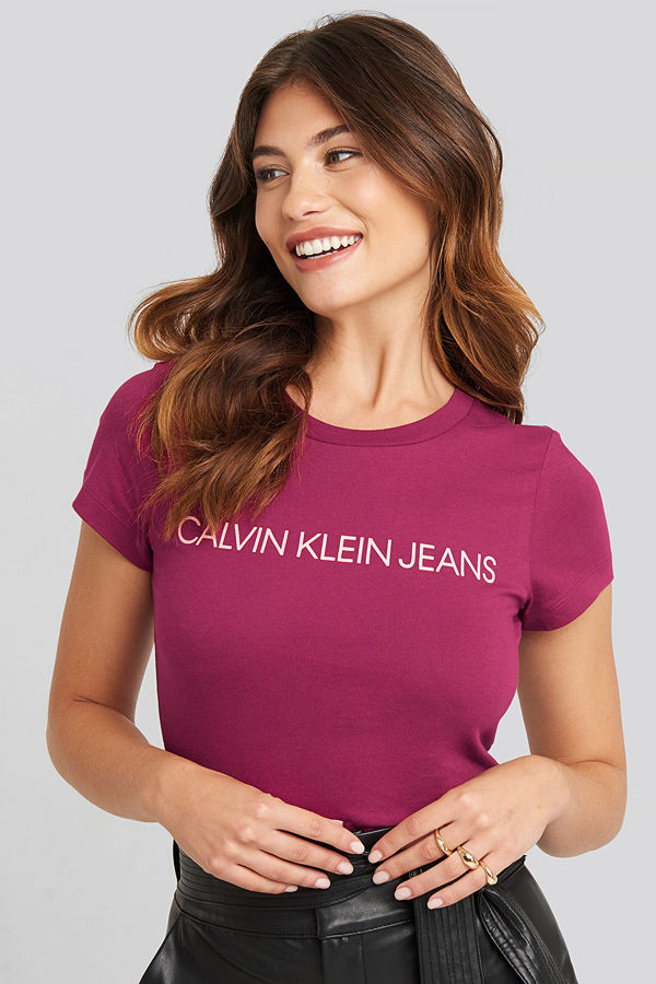 Calvin Klein Institutional Logo Slim Fit Tee lila