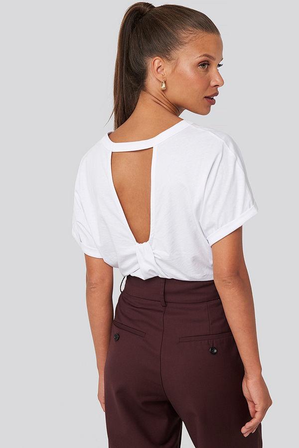 NA-KD Knot Detail Open Back T-shirt vit