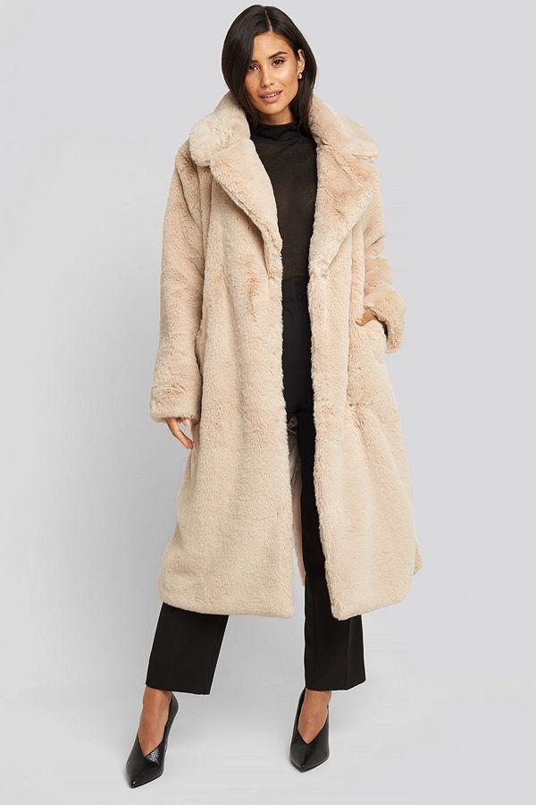 NA-KD Trend Soft Faux Fur Long Coat beige