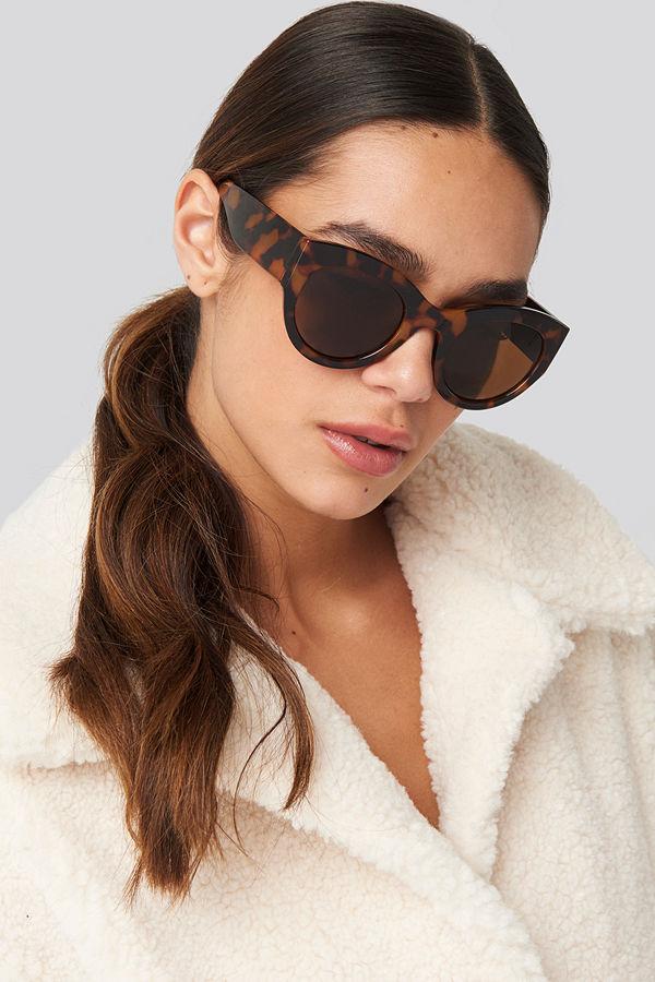 NA-KD Accessories Wide Temple Cateye Sunglasses svart brun beige