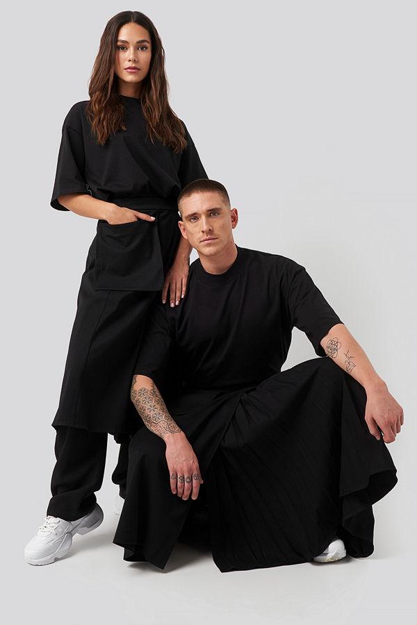 Danny Saucedo x NA-KD Pleated Asymmetric Pocket Skirt svart