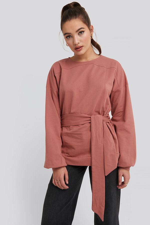 NA-KD Yoke Fitted Sweater rosa