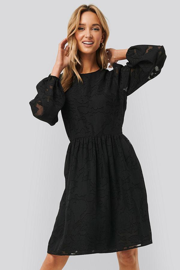 NA-KD Boho Flowy Flower Applique Dress svart