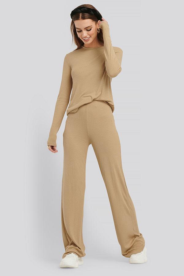 NA-KD Basic omönstrade byxor Soft Ribbed Wide Basic Pants beige