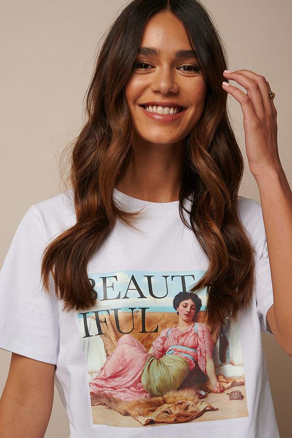 Donnaromina x NA-KD Beautiful Printed T-shirt vit