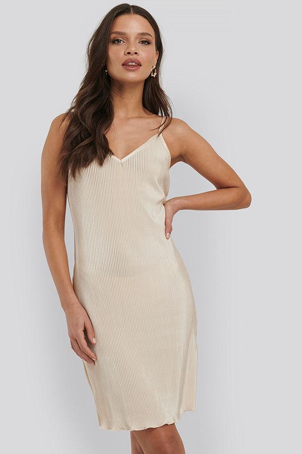 NA-KD Trend Pleated Slip Dress gul