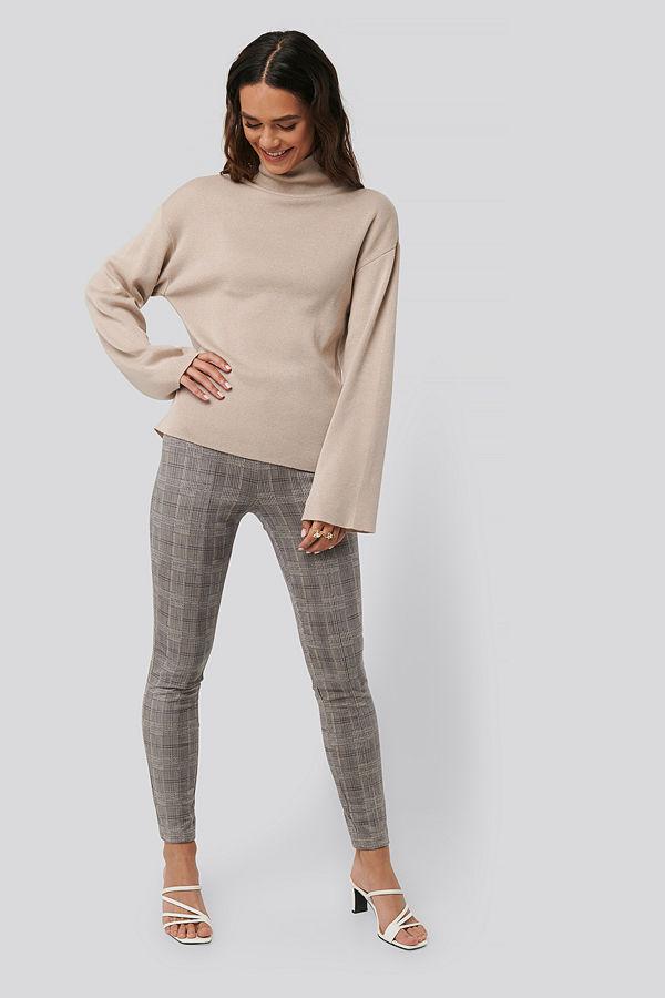 NA-KD grå rutiga byxor Fake Suede Checked Pants multicolor