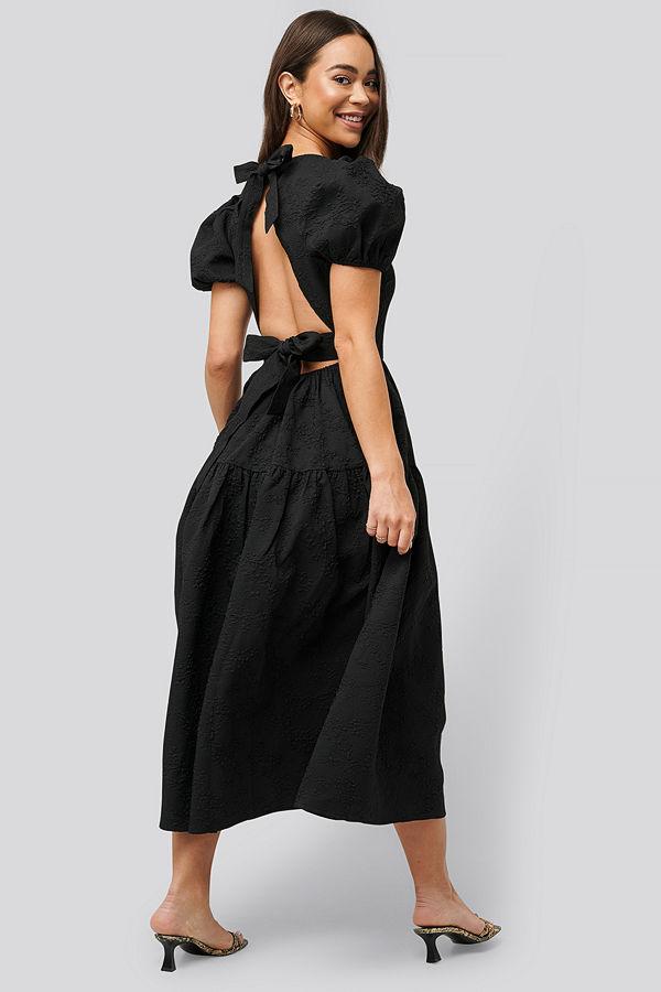 NA-KD Boho Tie Back Flower Structured Dress svart