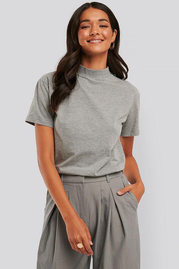 Trendyol Neck Basic Knitted T-shirt grå