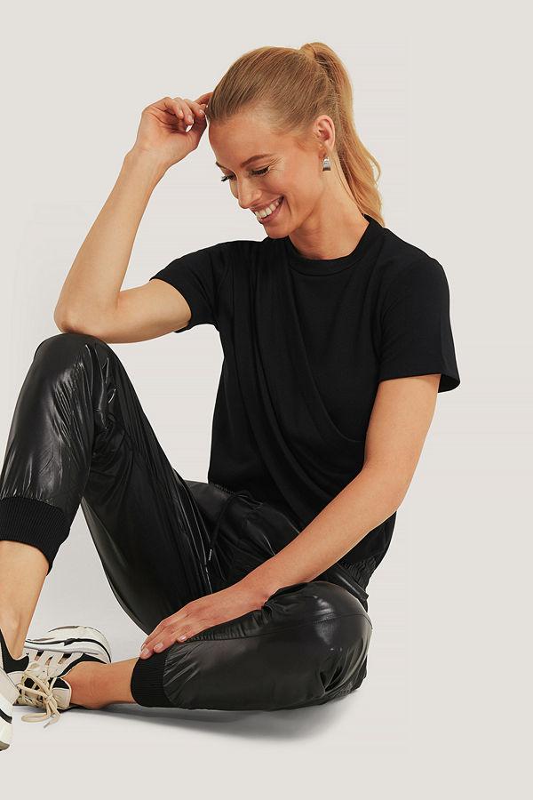 Trendyol Draperad T-Shirt Med Hög Krage svart