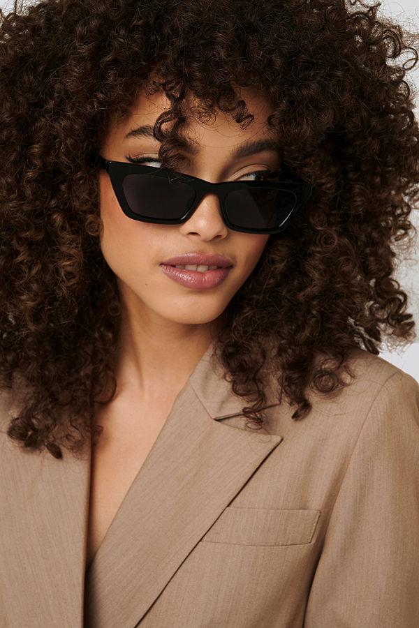NA-KD Accessories Sharp Edge Slim Sunglasses svart