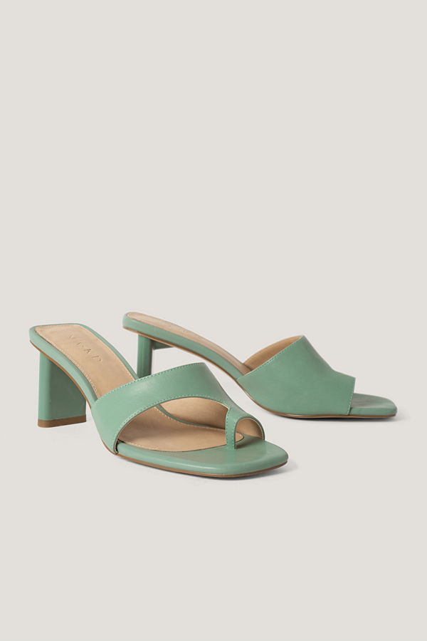 NA-KD Shoes Toe Strap Mules grön