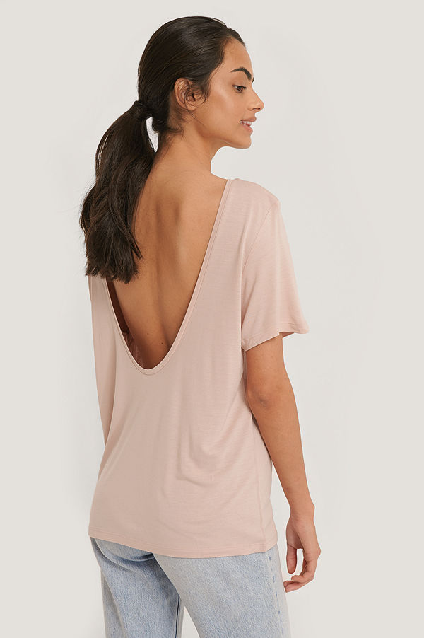 NA-KD Viscose Deep Back Tee rosa