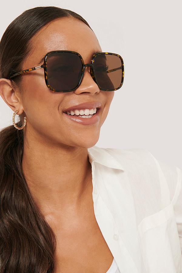 NA-KD Accessories Oversize Retrosolglasögon I 70-Talsmodell brun