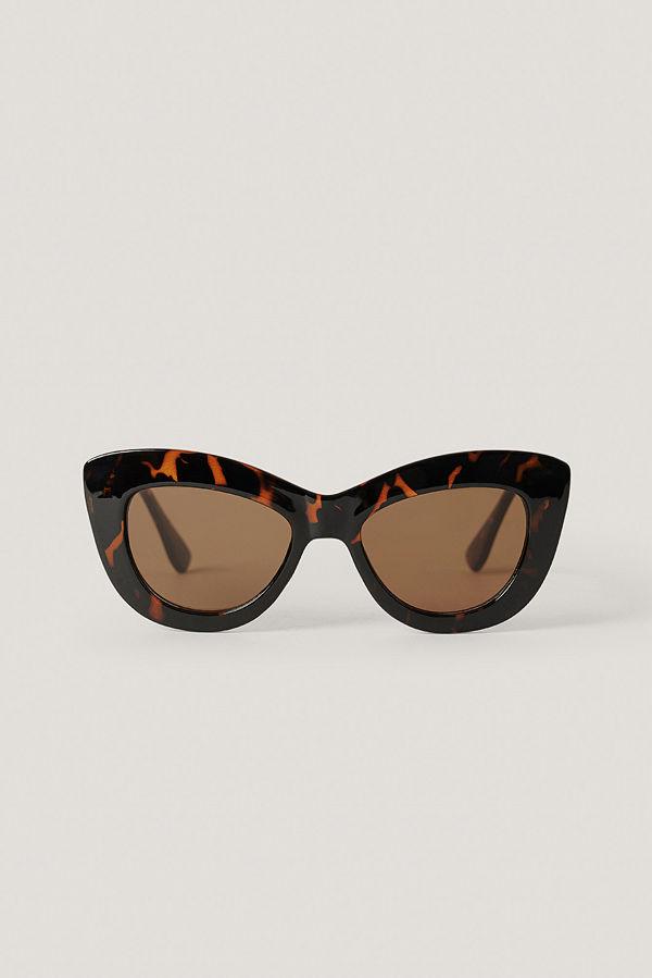 NA-KD Accessories Oversize Rundade Cateye-Solglasögon brun