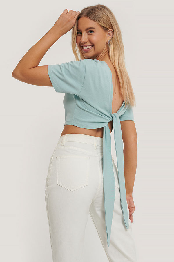 Paola Locatelli x NA-KD T-Shirt Med Knytning Bak blå