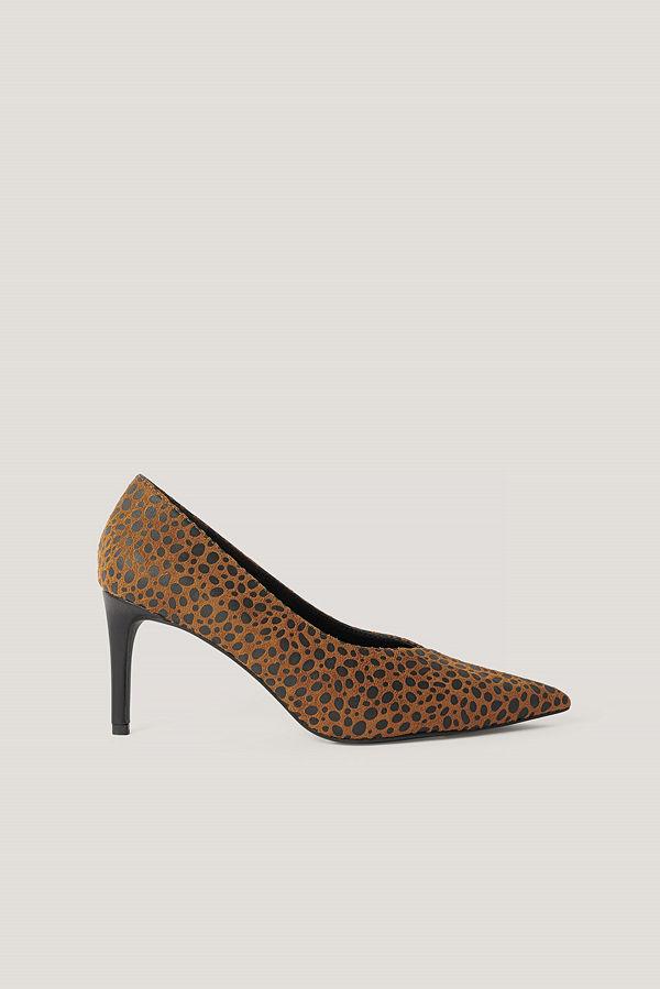 NA-KD Shoes Spetsiga Pumps Med V-Skärning brun