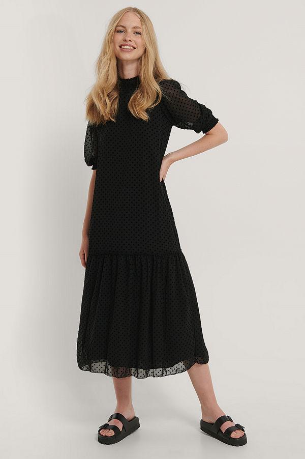Trendyol Midiklänning Med Textur svart