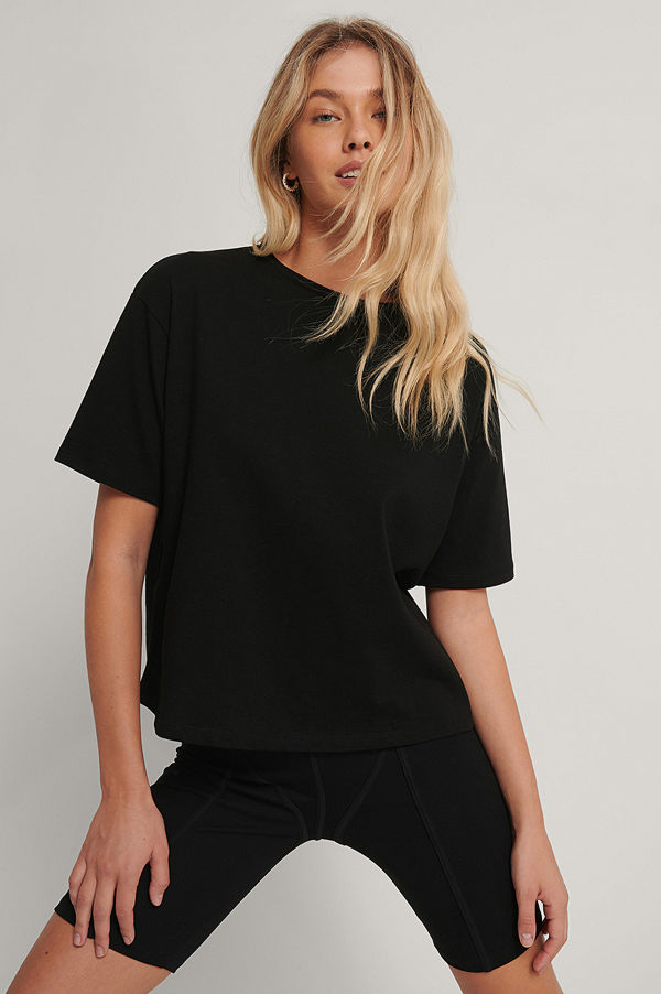 NA-KD Basic Ekologisk Oversize T-shirt svart