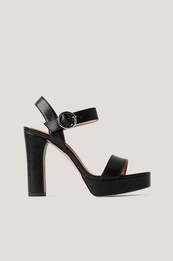 NA-KD Shoes Högklackade Platåsandaler svart