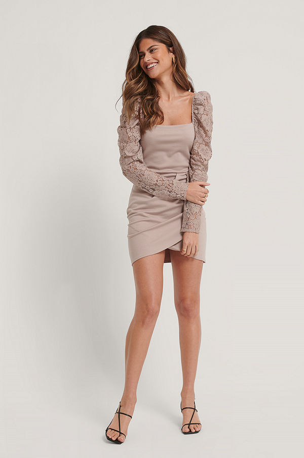 Stéphanie Durant x NA-KD Omlottklänning rosa