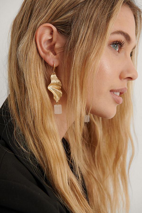 NA-KD Accessories smycke Leaf Cube Earrings guld