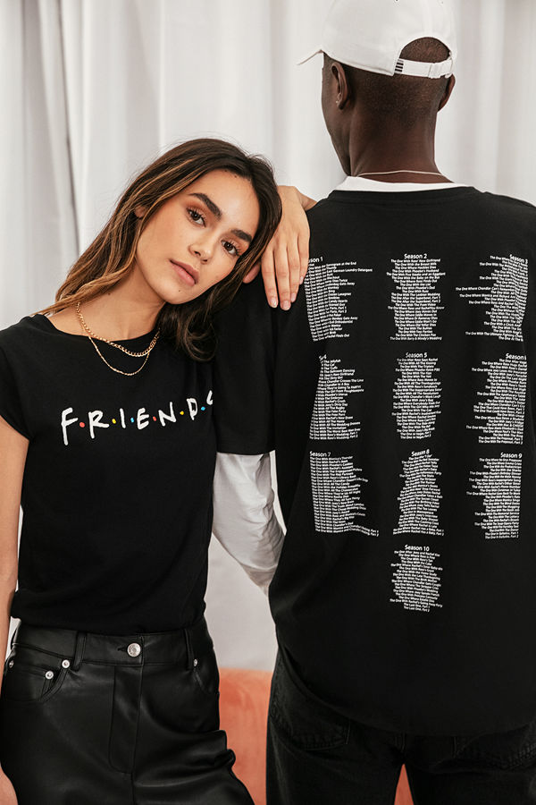 Warner Bros. FRIENDS Print Raw Edge Tee svart