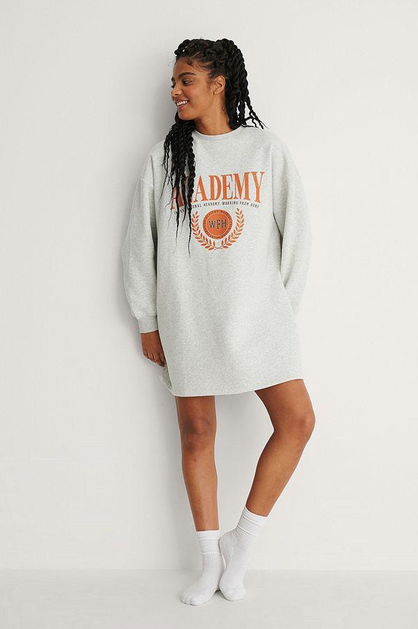 NA-KD Trend Ekologisk Sweaterklänning grå