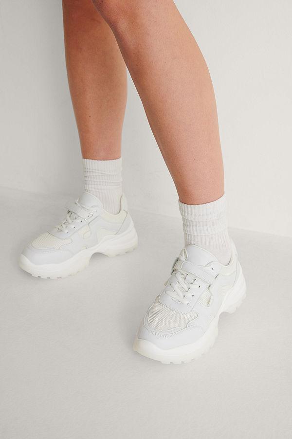 NA-KD Shoes Slim Velcro -Bandsträningsskor vit
