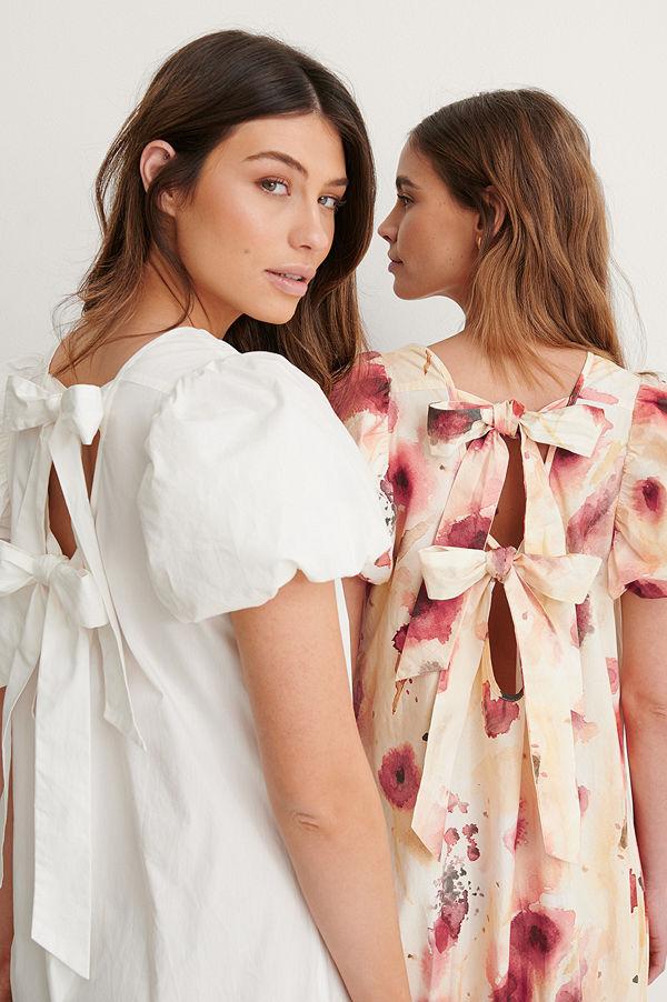 NA-KD Trend Maxiklänning Med Öppen Rygg vit
