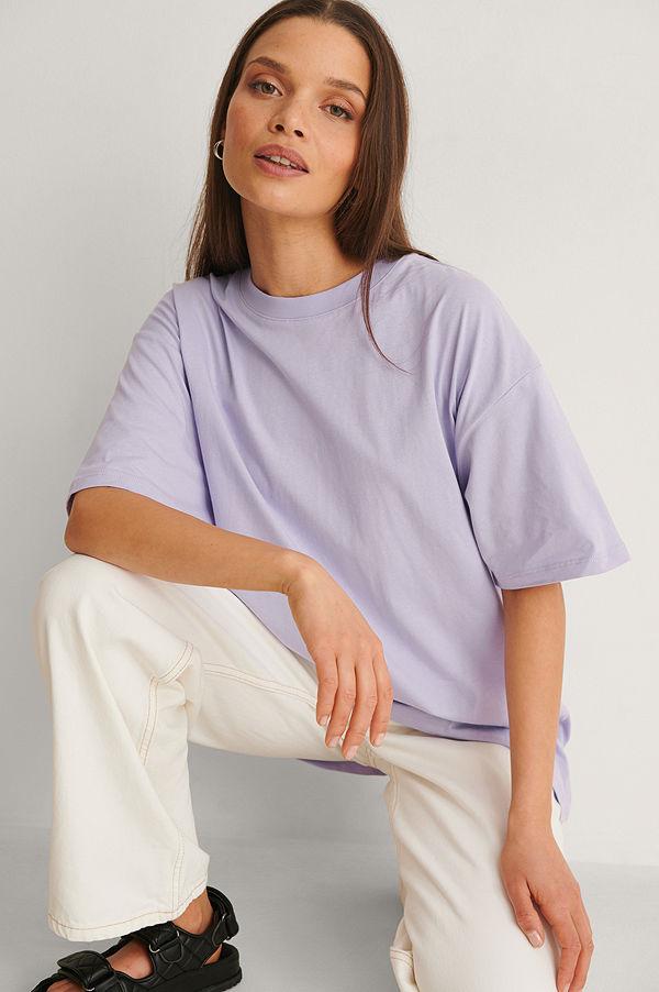 NA-KD Basic Ekologisk Oversize T-Shirt Med Rund Hals lila