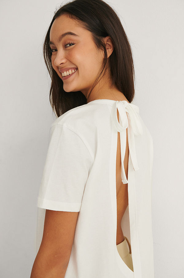 NA-KD Reborn Ekologisk T-shirt Med Ryggdetalj vit