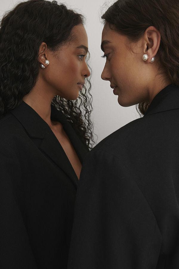 NA-KD Accessories smycke Pärlörhängen vit